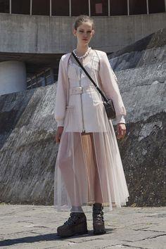 """트위터의 ART In G 자료 봇 님: """"Givenchy RESORT 2017 #스트리트 #캐쥬얼 #패션 #모델 #디자인 #자료 #아트인지 #Street #Casual #Fashion #Model #Design #Reference #ArtInG https://t.co/ghWe61nlmh"""""""