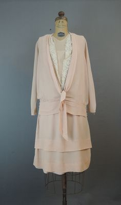 1920s Peach Crepe Dress and Blouse, fits 34 inch bust, Some flaws - Dandelion Vintage