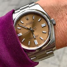 Rolex Watches Collection : Rolex Oyster Perpetual in White Grape - Watches Topia - Watches: Best Lists, Trends & the Latest Styles Fancy Watches, Rolex Watches For Men, Luxury Watches For Men, Cool Watches, Rolex Boutique, Rolex Wrist Watch, Rolex Daytona Watch, Rolex Oyster Perpetual Date, Swiss Army Watches