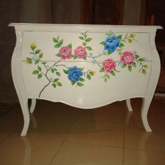 2 drawer carved chest with flower decoration, open order