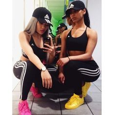 Fitness outfits with bff Go Best Friend, Best Friend Outfits, Best Friend Goals, Adidas Hoodie, Legging Adidas, Adidas Hat, Adidas Tracksuit, Adidas Shoes, Logo Adidas