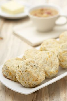 Cheddar, Herb & Garlic Biscuits - Warm, homemade biscuits add a comforting touch to any family dinner. by blanche Epicure Recipes, Cooking Recipes, Muffins, Homemade Biscuits, Specialty Foods, Side Dishes Easy, Food Dishes, Love Food, Yummy Food
