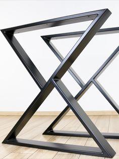Metal Desk Legs, Steel Table Legs, Steel Dining Table, Dining Table Legs, Metal Desks, Wooden Dining Tables, Diy Table Legs, Industrial Style Dining Table, Wooden Tops