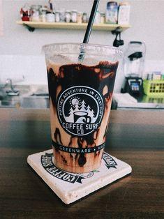 Thanks for a million views!💗💕💖💓💞💘 // ☾𝓜𝓸𝓻𝓮 - Café Oh Le - Kaffee Starbucks Drinks, Starbucks Coffee, Iced Coffee, Coffee Drinks, Aesthetic Coffee, Aesthetic Food, Summer Aesthetic, Yummy Drinks, Yummy Food