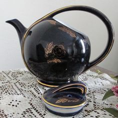 Tea pot Etsy listing at https://www.etsy.com/listing/127375288/hall-teapot-airflow-cobalt