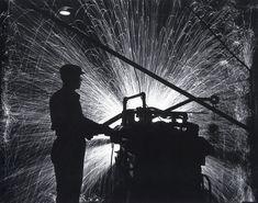 Tool grinding. Photo by Arkady Shaikhet, 1939
