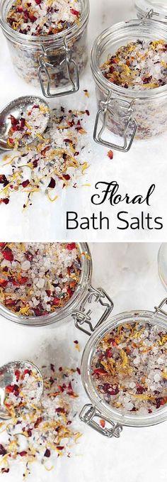 Ideas bath salts favors diy spa for 2019 Diy Spa, Bath Bombs, Diy Lipbalm, Entspannendes Bad, Diy Cosmetic, Bath Salts Recipe, Floral Bath, No Salt Recipes, Bath Recipes