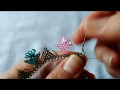 İğne Oyası Zil Modeli Yapımı | Orta Zorlukta Modeller 15 | İğne Oyası Ustası - YouTube Crochet Flower Tutorial, Crochet Flowers, Needle Lace, Hand Embroidery Designs, Lace Making, Crochet Hooks, Hair Pins, Tatting, Diy Crafts