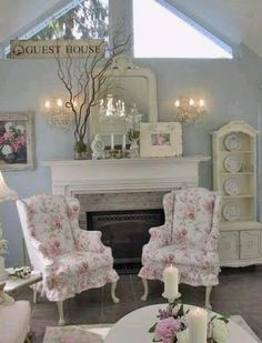 Fabulous Tips Can Change Your Life: Shabby Chic Design White Lace shabby chic crafts simple.Shabby Chic Porch Cozy Corner shabby chic painting old windows. Shabby Home, Shabby Chic Farmhouse, Shabby Chic Kitchen, Shabby Chic Cottage, Shabby Chic Homes, Romantic Cottage, Rose Cottage, Cottage Style, Muebles Shabby Chic