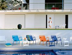 Fauteuil bas Luxembourg Fermob de jardin design empilable en aluminium et en couleurs