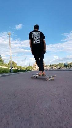 Skateboard Videos, Skateboard Girl, Longboard Cruising, Skateboarding Photography, Skate Photos, Skate Girl, Cool Skateboards, Skate Style, Dance Videos
