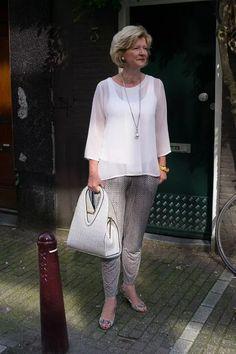 Мода для пожилых женщин после 60 (63 фото): одежда для 60-летних дам