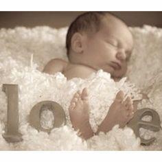 Baby! Adorable photo idea.
