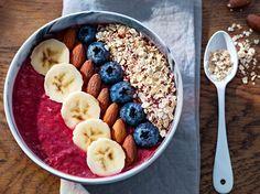 Smoothie bowl fruits et céréales - Recetas Fruit Smoothies, Healthy Smoothies, Smoothie Recipes, Healthy Snacks, Healthy Recipes, Fruit Recipes, Dessert Recipes, Smoothie Bowl, Açai Bowl