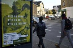 Polémica en Francia por una campaña contra el sida protagonizada por gais. EFE | La Vanguardia, 2016-11-22 http://www.lavanguardia.com/vida/20161122/412072173438/polemica-en-francia-por-una-campana-contra-el-sida-protagonizada-por-gais.html
