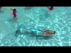 Mermaid Melissa swimming live