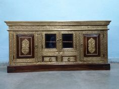 For Sale Sheesham wood low height LED Cabinet For More Information Please Visit http://usedfurnitures.in/product/solid-brass-fitted-cabinet-2048 or www.usedfurnitures.in or visit our Store Noida: B-39, Sector-65, Noida Gurugram: Plot No. 110, Phase 6, Udhyog Vihar, Sector-37, Gurugram. Or Call: 8826755599