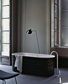 black tub, spare details
