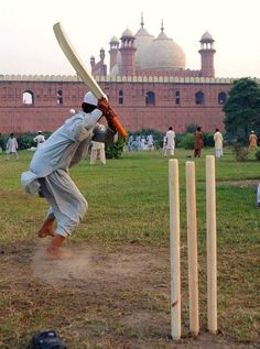 Cricket, near the Badshahi Mosque, Lahore.