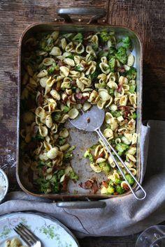 pasta med bacon og brokkoli