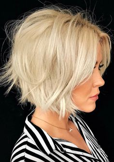 60 Layered Bob Styles: Modern Haircuts with Layers for Any Occasion, Frisuren, Messy Blonde Bob. White Blonde Bob, Messy Blonde Bob, Pale Blonde, Brown Blonde, Brown Hair, Black Hair, Layered Bob Hairstyles, Haircuts For Fine Hair, Cool Hairstyles