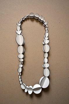 necklace : REBECCA HANNON-USA
