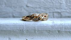 Vintage 14K Yellow Gold Diamond Wedding Band.