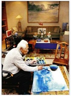zhao wuji,He was born in a cultivated family and studied calligraphy in his childhood and from 1935 to 1941 painting at the school of Fine Arts in Hangzhou. In 1948, he went with his wife Lan-lan, a composer, to Paris to live on the same block in Montparnasse where the classes of Émile Othon Friesz took place. His earliest exhibitions in France were met with praise from Miró and Picasso.