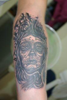 Realizado por Ben Fuentes Romero . Cali Tlahpali Tattoo Co. Cancún, Q.R.  2014