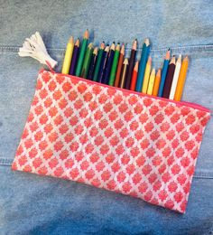 Pencil case has always been a thing that everyone needs.  Personally, I always had a craze to collect cute and attractive pencil cases, to use a different one every day, until I realized I could make them myself instead of buying new ones.  Even you can create these easy and beautiful pencil cases to flaunt your creativity. However, you need not restrict yourself to using it as a pencil case. You could use it in many other ways. To Collect, Fabric Glue, Pencil Cases, Needle And Thread, Creativity, Stationery, Sewing, Create, Easy