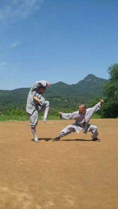 Training Shaolin Kung Fu at Songshan Shaolin Traditional Wushu Academy with Shifu Shi Yan Jun. Drunken style. http://kungfushaolins.com