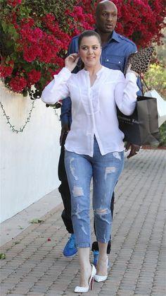 Khloe Kardashian Photo - The Kardashians Celebrate Kourtneys Birthday