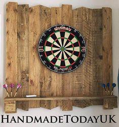 Handmade Driftwood Dart Board Dartboard Backboard with Shelf made from Recycled Pallet Wood – Handmade Houser – Handmade Items Wood Pallet Recycling, Recycled Wood, Recycled Pallets, Wood Wall Shelf, Wood Wall Decor, Dart Board Backboard, Dart Board Cabinet, Hanging A Dart Board, Outdoor Dart Board