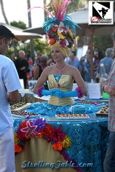 Strolling Tables by San Diego Spotlight Entertainment