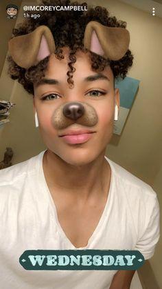 Cute Lightskinned Boys, Cute Black Guys, Black Boys, Cute Guys, Pretty Boys, Boys With Curly Hair, Curly Hair Men, Curly Hair Styles, Black Men Hairstyles