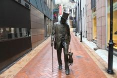 Take a closer look around Wellington with this collection of unique local photographs. Use our image galleries to inspire and help you plan your next Wellington trip. Us Images, Sculptures, Statue, Explore, Sculpture, Sculpting, Marbles, Exploring