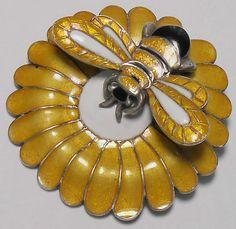 Margot de Taxco Mexico Bee on Flower Enamel Pin