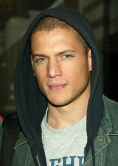 Watching Prison Break. Good lord Wentworth Miller is yummy.