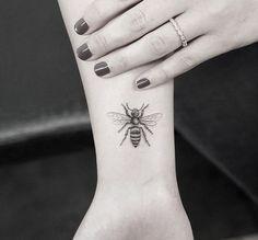 Honey bee, wasp tattoo