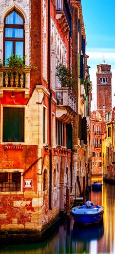 Amazing Colors of Venice. Italy, Europe.   |    15 Most Colorful Shots of Italy