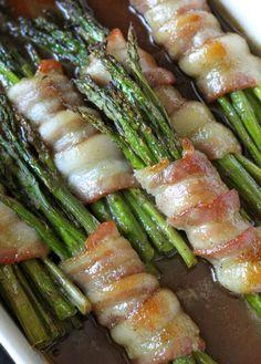 Our favorite - Bacon Asparagus Bundles! { lilluna.com }