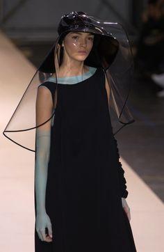 Yohji Yamamoto at Paris Fashion Week Spring 2004 - Livingly