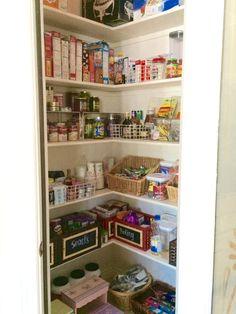 Organizing the Kitchen Pantry!