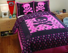If you have a young pirate queen running around the house who wants skull bedding this Pink Skull Bedding Girls Skully Duvet Set will definitely do the trick.