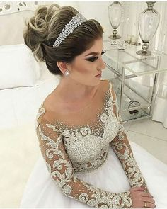 Super Wedding Hairstyles Updo With Veil Tiaras Up Dos Hair Pieces Ideas Evening Hairstyles, Bride Hairstyles, Bridal Flip Flops, Bridal Hair Inspiration, Floral Hair, Bridal Makeup, Hair Pieces, Wedding Styles, Wedding Gowns