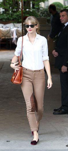 Taylor Swift en París (2 de octubre). / Taylor Swift in Paris (October 2).