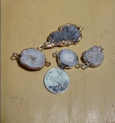 Wholesale 5pcs/lot 2 Loop Versions Gold Plated and Silver Plated Edge Natural Druzy Agate pendant $24.70