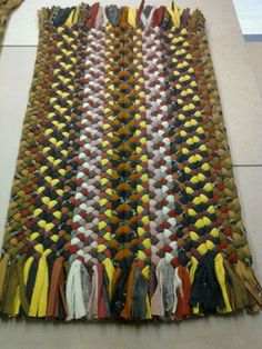 Rectangle Braided Rug #diyragrugrectangle