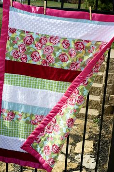 Soft 'n Snugly Baby Quilt not a fan of hte fabric choices but this looks like something I could do!