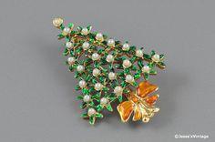 Christmas Tree Brooch Faux Pearls Green Enamel by JessesVintage, $9.95